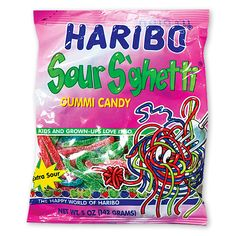 Haribo Gummi Candy, Sour S'ghetti, Bags (Pack of Tongue-twisting sour spaghetti Shaped strands of apple, strawberry, blueberry flavors True sour power Haribo Candy, Haribo Sweets, Candy Recipes, Gourmet Recipes, Candy Videos, Candy Kabobs, Candy Gift Baskets, Sour Fruit, Candy Brands