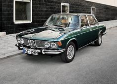 BMW 2500 (E3), look like my dads old Bavaria but his was brown.