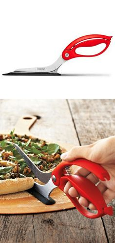Red Pizza Scissors // Allows you to cut pizza easily! Praise the genius who invented these: I always make a mess with the roller-cutter! #product_design