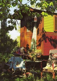 Les Roulottes- A hotel in France where you can stay in gypsy wagons instead of regular hotel rooms.