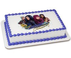 Bring your favorite #WickedlyCool characters from Descendants 2 to the party in this cake design. Available in a variety of sizes and formats. Varies by retailer.