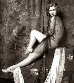 The Ziegfeld Girl: The Pin Ups of the Jazz Age
