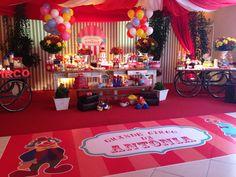 Festa circo by kelly khawam