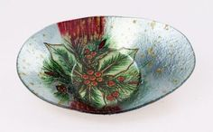 Holiday Gifts : Holly Berry Dish