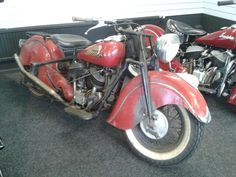 Stunning patina 1947 Indian Chief spottted in a showroom in Stoke on Trent, England. I want this one.