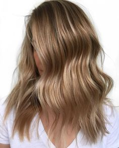 20 Popular Balayage Brown Hair Colors of 2019 - Style My Hairs Beauté Blonde, Dark Blonde Hair Color, Brown Blonde Hair, Light Brown Hair, Light Hair, Cool Hair Color, Brown Hair Colors, Blonde Shades, Sandy Blonde