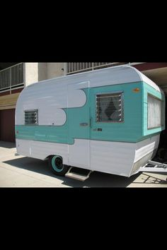<> Aqua & White. 1961 Oasis Vintage Camper - Tiny Trailer - Caravan <O>
