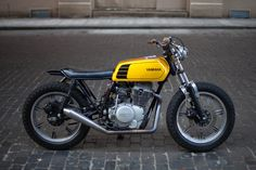 motorcycles-and-more: Yamaha XS400 Cafe Racer