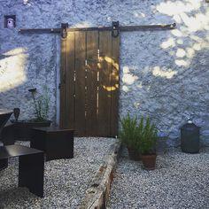 #wood #door #vintage #oldstyle #garden #metalwork #bois #porte #jardin #acier #home #homemade #summer #ete #switzerland #suisse #fribourg #lausanne #neuchatel #bern#picoftheday#photography