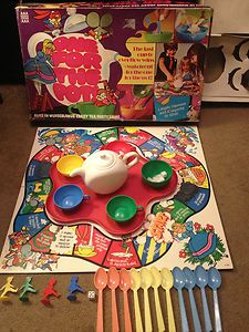 Denys Fisher ONE FOR THE POT! ALICE IN WONDERLAND'S CRAZY TEA PARTY Board Game