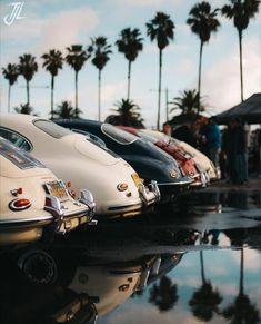 California Dreamin' with some Porsche [OC] Porsche 356, Porsche Cars, Porsche Classic, Classic Cars, Retro Cars, Vintage Cars, Maserati, Bugatti, Automobile