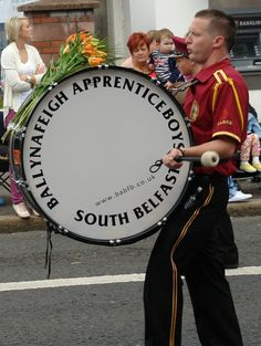 THE 12TH OF #JULY #PARADE,#BELFAST,#NORTHERN #IRELAND. Visit Northern Ireland, Orange Order, Belfast City, Marching Bands, Orange Fruit, Lineage, Actor Model, Countries Of The World, Thing 1 Thing 2