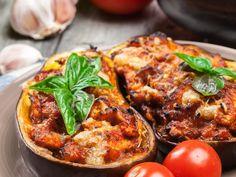 aubergine, oignon, tomate, oeuf, chair à saucisse, Condiments, gruyère râpé