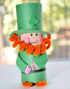 Make a miniature #leprechaun friend with your child this #StPatricksDay! #craftsforkids