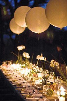 ♥♥♥  15 centros de mesa super diferentes para o seu casamento A coisa que a gente mais espera do nosso casamento é que ele seja único e inesquecível! E, às vezes pode ser difícil pensar fora da caixinha quan... http://www.casareumbarato.com.br/15-centros-de-mesa-super-diferentes-para-o-seu-casamento/