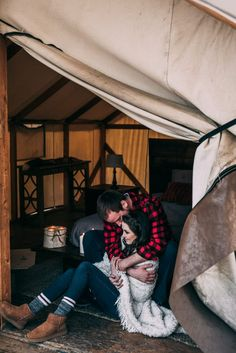 Sara is an Edmonton couples and engagement photographer for the free-spirited lovers that are looking to document lifes most important moments. Christmas Couple, Rose Photography, Love Couple, Engagement Couple, Couples, Couple