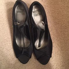 Black Peep Toe Heels super cute heels; worn once to a school dance for a few hours! mootsies tootsies Shoes Heels