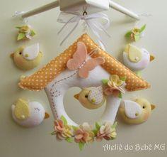 Cute bird craft nurseries 65 ideas for 2019 Bird Crafts, Felt Crafts, Diy And Crafts, Sewing Crafts, Sewing Projects, Felt Animal Patterns, Felt Mobile, Felt Birds, Felt Decorations