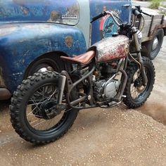 #scrambler  #kz200 #kz200indonesia #bintermerzy #pkucity #tukanglas #merzyowners Scrambler, Motorcycle, Vehicles, Instagram, Rolling Stock, Motorcycles, Vehicle, Motorbikes, Engine