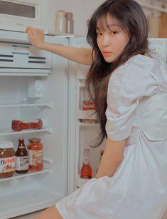 kim chungha for the star Ulzzang Korea, Ulzzang Girl, Kpop Girl Groups, Kpop Girls, Kpop Wallpapers, Kim Chanmi, Chung Ah, Kim Chungha, Sana Momo