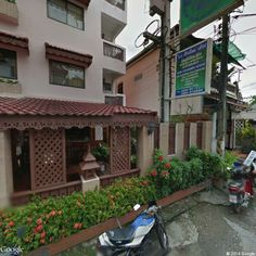 Moon Muang Road Lane 9, Si Phum, Mueang Chiang Mai District, Chiang Mai 50300, Thailand | Instant Google Street View