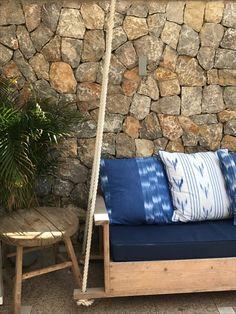 Die schönsten Restaurants mit Meerblick auf Mallorca - COOKIES FOR MY SOUL Outdoor Sofa, Outdoor Furniture, Outdoor Decor, Bungalow, Restaurants, Places, Home Decor, Environment, Spain
