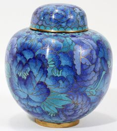 Cloisonne Ginger jar, blue chrysanthemum