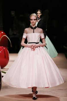 The 50 Best Bridal Looks from the Spring 2015 Collections – Vogue - Undercover