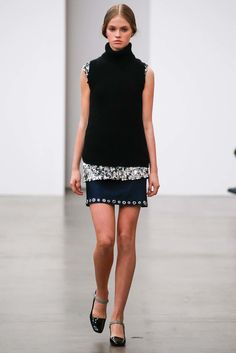 See the complete Aquilano.Rimondi Fall 2015 Ready-to-Wear collection.
