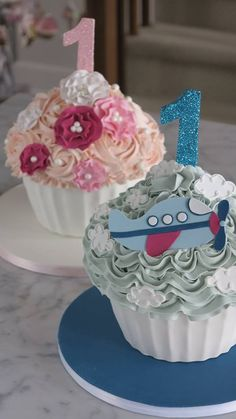 Giant Cupcake Smash Cakes  for twin boy and girl!