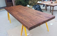 How to Build an Inexpensive Dining Room Table in 5 Steps
