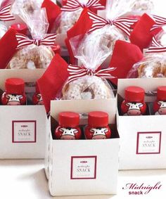 Christmas gift ideas for teachers, co-workers, neighbors gift wrap food packaging ideas ToniK ⓦⓡⓐⓟ ⓘⓣ ⓤⓟ DIY hostessblog