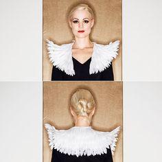 Annika Graalfs Couture feather collar, made 2015. Foto: Marcus Zumbansen