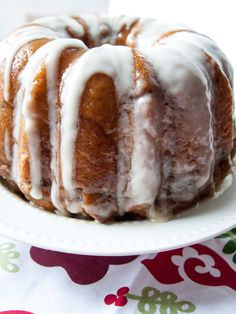 Cinnamon Roll Monkey Bread|The Flourishing Baker
