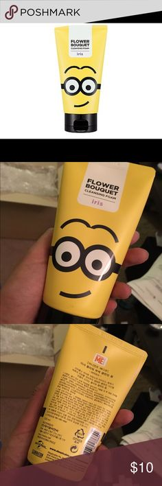Missha Minions Flower Cleansing Foam (Iris) Iris blossoms indicate mystery and elegance and its fragrance helps wash away the days exhaustion thereby allowing you to enjoy your cleansing routine. This cleanser is gentle and as soft as a chiffon cake with silky smooth foam to gently wash away all waste products to leave your skin clear and translucent.  150g. 100% Authentic Made in Korea Sephora Other