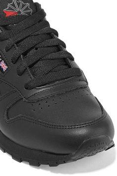 Reebok - Classic Leather Sneakers - Black - US5.5