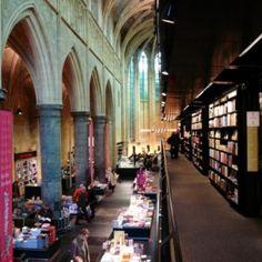 Livraria-em-Igreja-Holanda-06-565x424