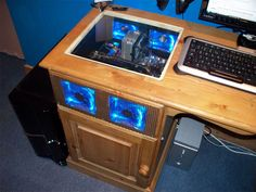 Desk PC Mod...insanely sick!