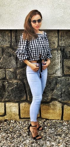 #gingham #top #bluejeans #babyblue #blackheels #highheels # Black Heels, High Heels, What I Wore, Everyday Fashion, Baby Blue, Gingham, Blue Jeans, Gucci, Neckline