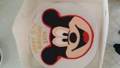 Mickey mouce cake