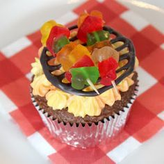 barbecue cupcakes- perfect for barbecues, Father's Day, or even no reason at all!