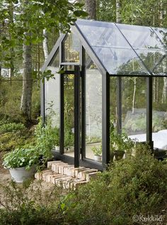 Gorgeous solar-powered garden shed doubles as summer guesthouse shed design shed diy shed ideas shed organization shed plans Greenhouse Shed, Greenhouse Gardening, Greenhouse Wedding, Portable Greenhouse, Modern Greenhouses, Contemporary Greenhouses, Homemade Greenhouse, Shed Plans, Cabana