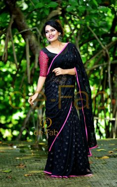 Looking for new blouse back neck designs to your silk (aka pattu) sarees? Check out our latest 13 blouse models to find out what is trending this season. Saree Blouse Neck Designs, Fancy Blouse Designs, Saree Blouse Patterns, Saris, Saree Models, Blouse Models, Mirror Work Saree Blouse, Mary Janes, Saree Look