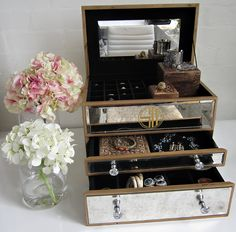 Love Samantha Wills... and love her jewellery box where each piece can have its proper place