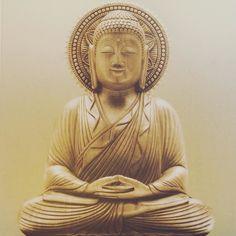 Shhh... jeg mediterer! #webshop #mellowwayblog #pause #meditation #indenjegskalikøkkenetoglavehjemmelavedeburgere