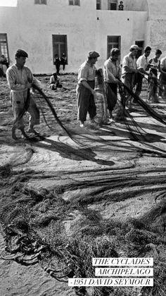 The Cyclades Archipelago. Mykonos Island, Mykonos Greece, Athens Greece, Santorini, Greece Pictures, Old Pictures, Vintage Pictures, Myconos, Old Time Photos