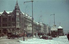 De Boompjes met de hoek van de Rederijstraat, 1930-1939. De dia is gemaakt door Richard Boske. Deze prachtige afbeelding komt uit een serie dia's die onlangs is geschonken aan het @stadsarchief010