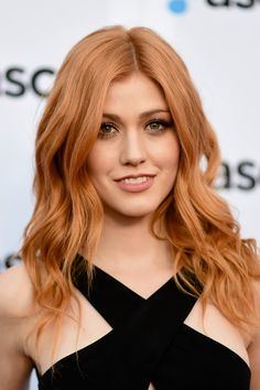 Katherine McNamara Joins Allison Iraheta at ASCAP Pop Awards Photo Katherine McNamara steps out for the 2016 ASCAP Pop Awards held at Dolby Theatre on Wednesday night (April in Hollywood. The Shadowhunters actress… Ginger Hair Color, Strawberry Blonde Hair Color, Hair Inspo, Hair Inspiration, Katherine Mcnamara, Brown Blonde Hair, Auburn Hair, Beautiful Redhead, New Hair