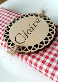 Pack of 10 personalised wooden name tags place cards wedding laser cut and engraved by Stylishmoments on Etsy
