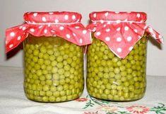 Zöldborsó tartósítószer nélkül egész évben | NOSALTY – receptek képekkel Canning Pickles, Kitchen Aprons, Sweet And Salty, Ketchup, No Bake Cake, Food Storage, Preserves, Bacon, Food And Drink